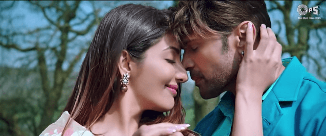 mairi aap hi hasdi mp3 song