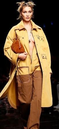 bella-hadid-milan-fashion-week