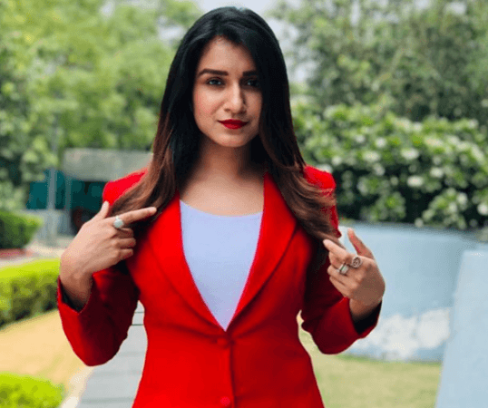 Bigg Boss 13 Weekend Ka Vaar Elimination News Shefali Bagga