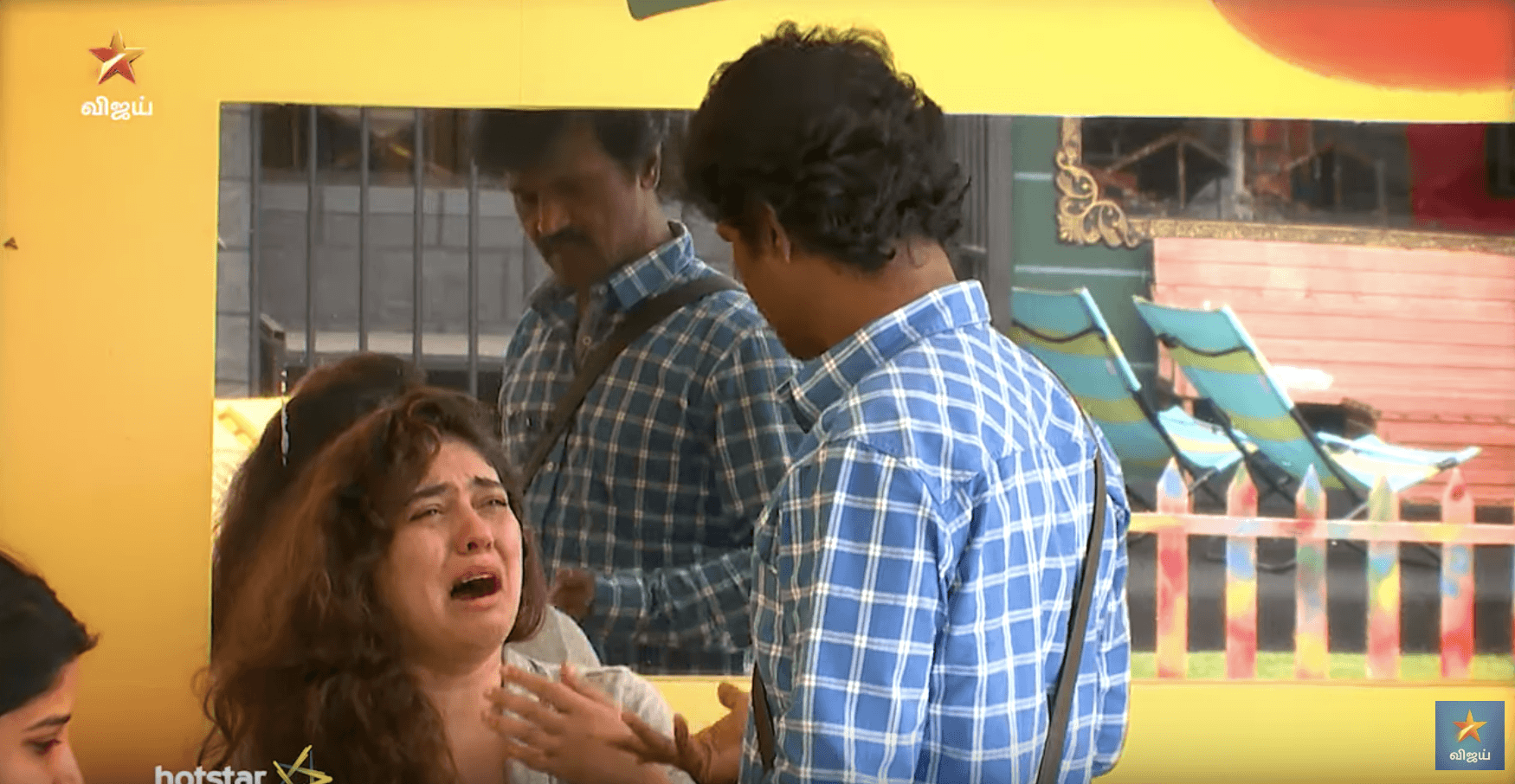 Bigg Boss 3 Tamil September 5 Day 74 - Sherin crying, Cheran