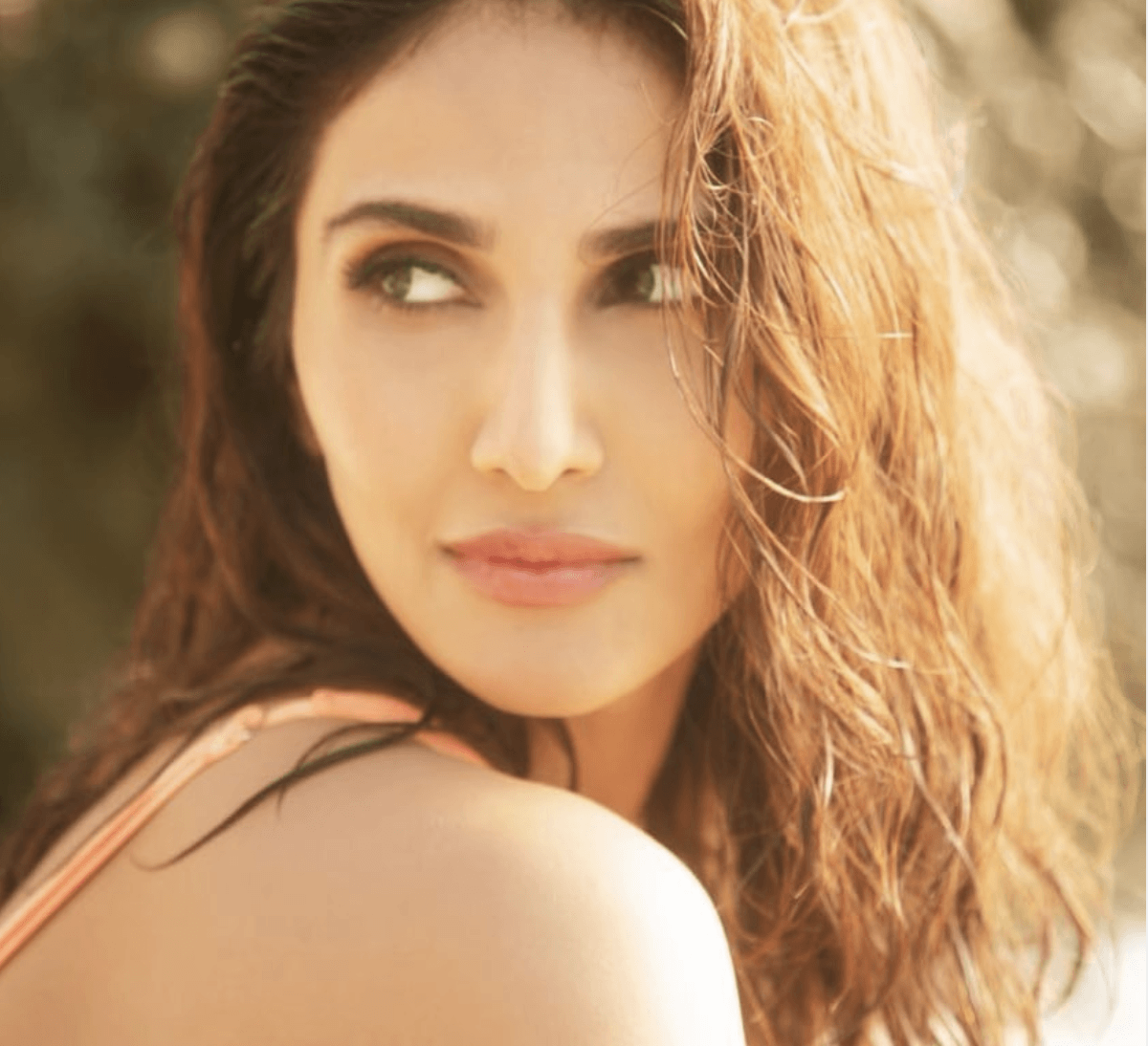 Vaani Kapoor Bikini Photo 2019