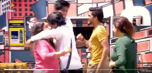 bigg boss 3 cheran hugs contestants