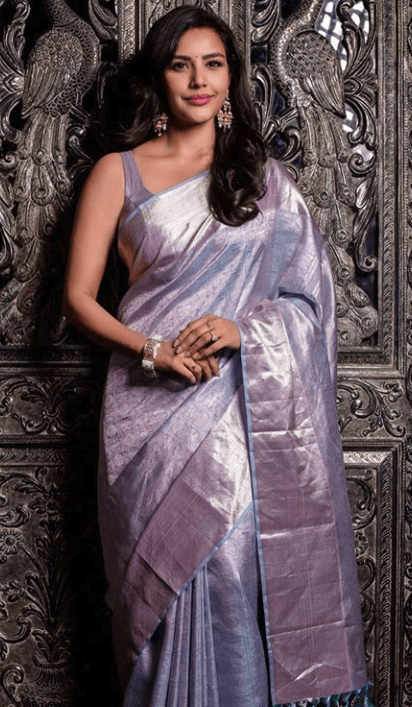 Priya Anand sexy photo in saree