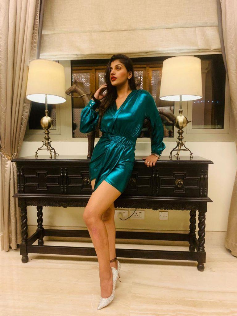 Yashikaa Annand latest photo 3
