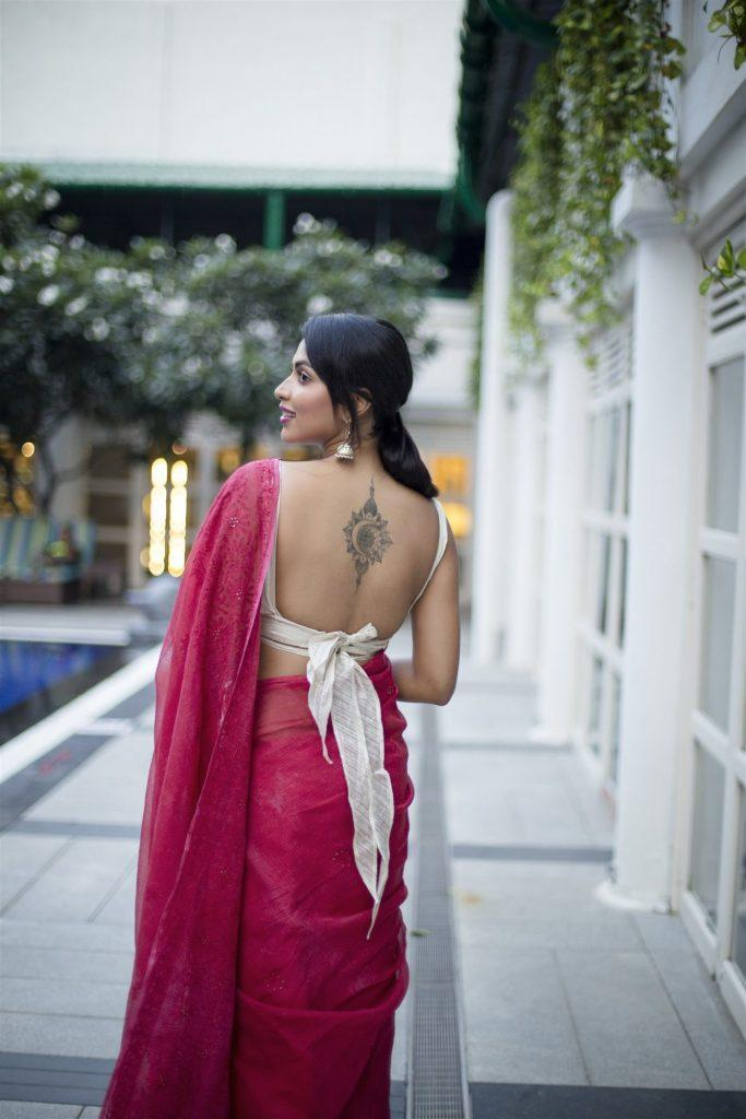 amala paul sexy photo in saree