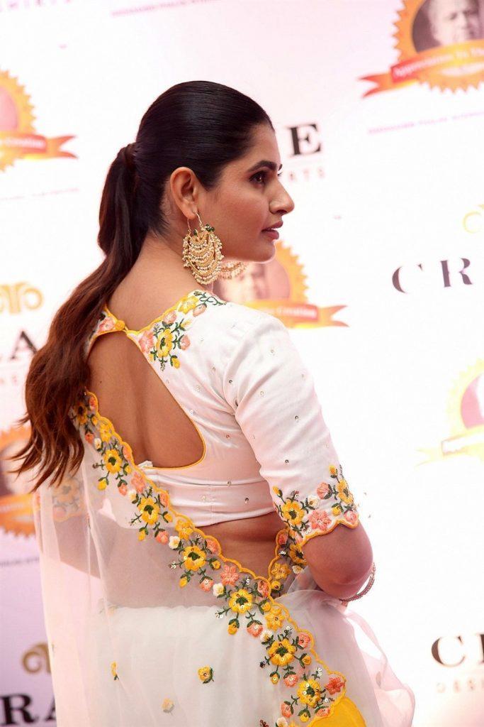 ashima narwal sexy photo 2019