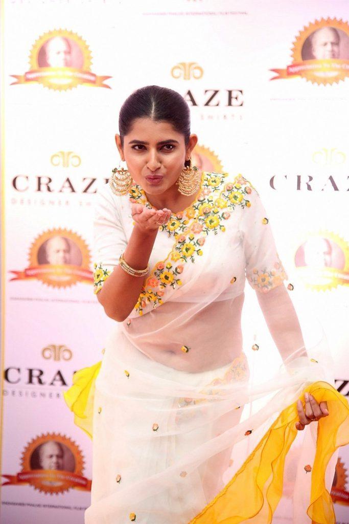 ashima narwal navel photo