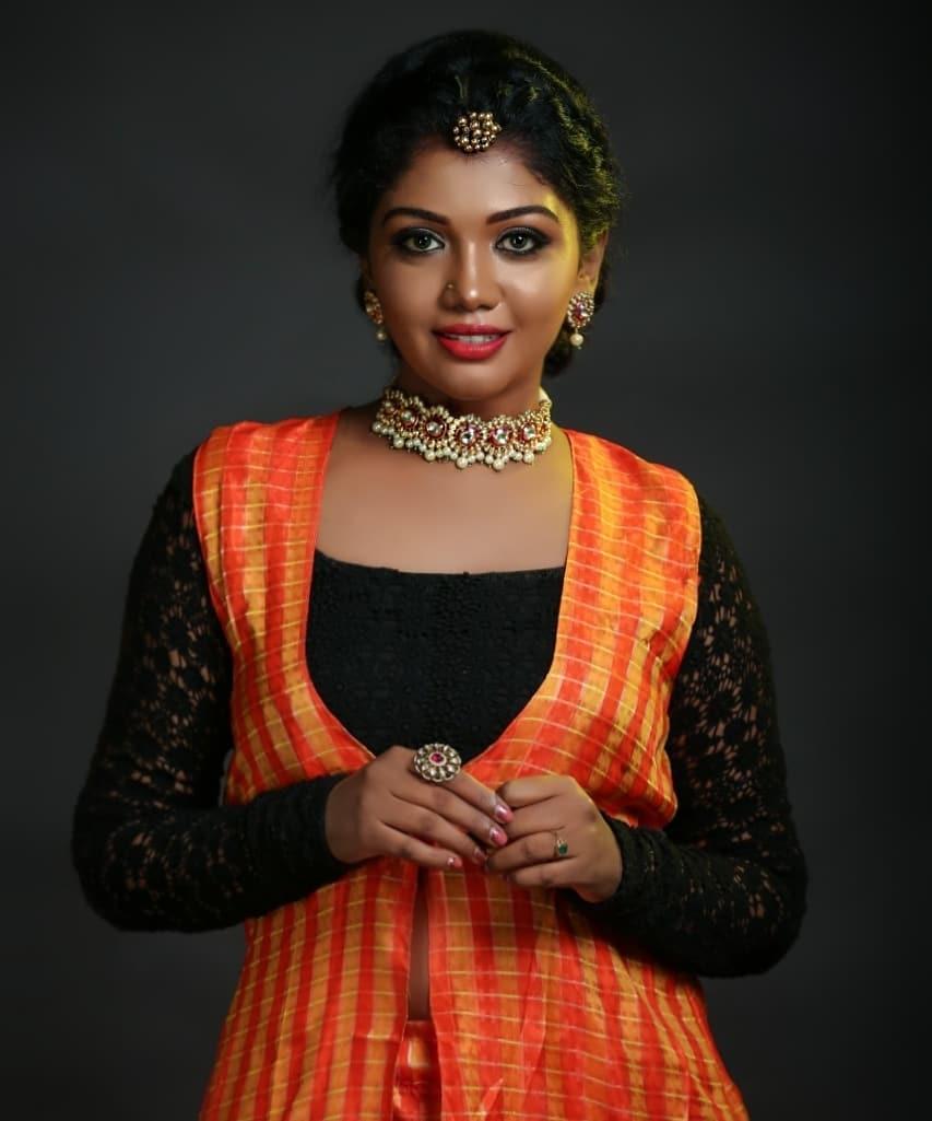 Riythvika sexy photoshoot
