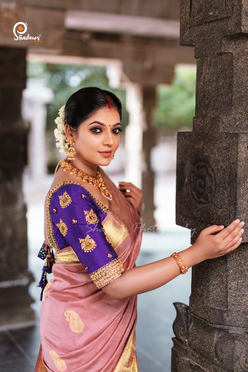 Reshma Pasupuleti silk saree photos