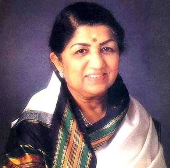 Lata Mangeshkar showing signs of improvement, say hospital sources