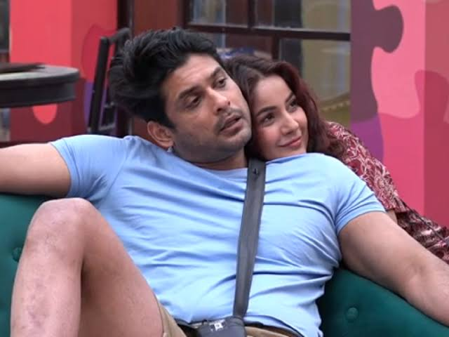 Bigg Boss 13 Shehnaz Gill In Love With Sidharth Shukla