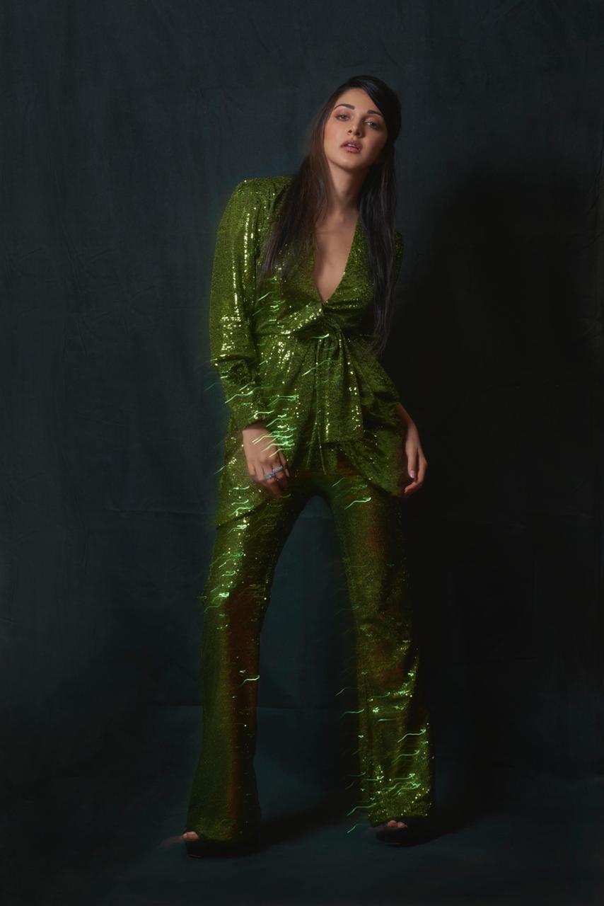 kiara advani sexy green outfit