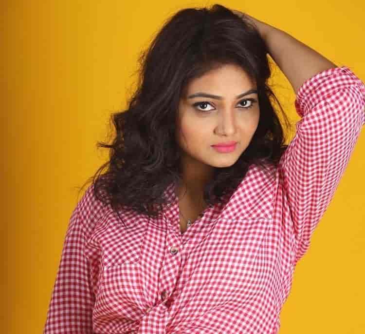 Priyanka Nalkari Roja hot