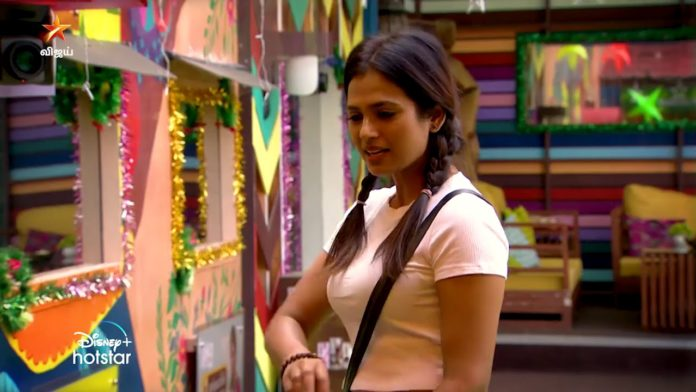Bigg Boss 4 Tamil Shivani Ramya about Aari