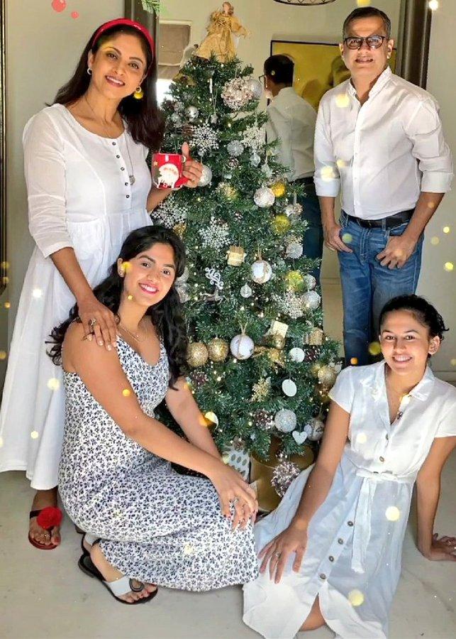 Nadhiya with daughters christmas celebration