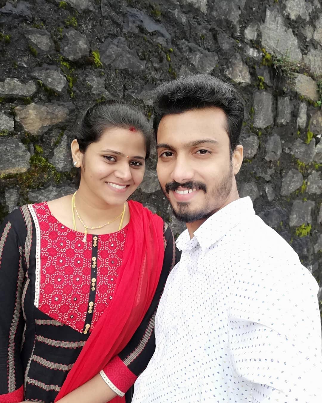 Super Singer Vikram honeymoon