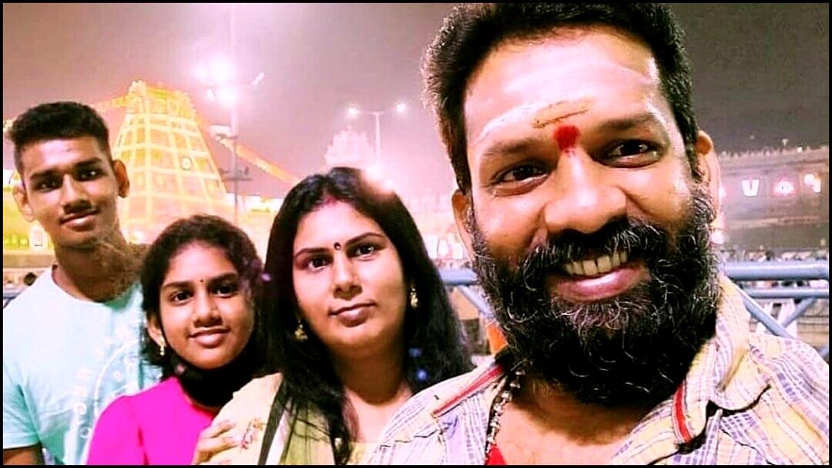 Baba Bhaskar family